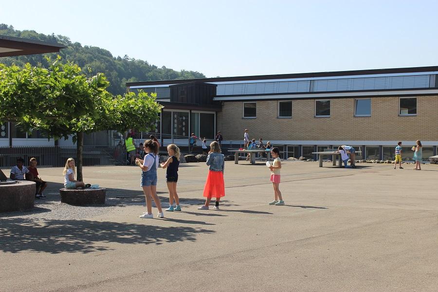 Schulhausgebäude